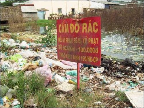Cấm gì làm nấy - biển cấm, biển cấm vô nghĩa, chỉ có ở Việt Nam, cấm gì làm nấy, biển cấm có cũng như không,